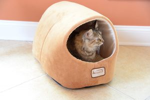 Armarkat Cave Shape Pet Cat Beds for Cats